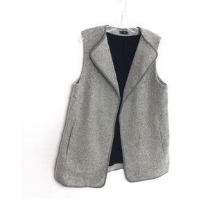 Club Monaco Gray Wool Sleeveless Vest Large